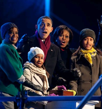 Mook News - Obama Family