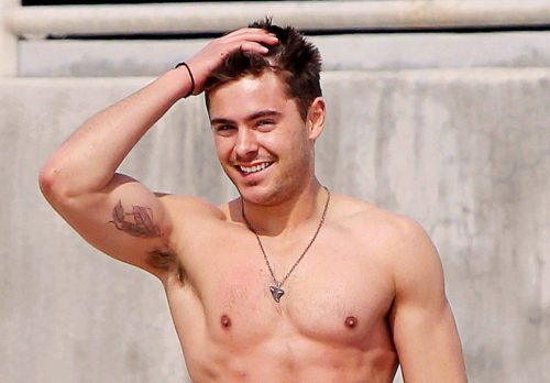 Mook News - Zac Efron