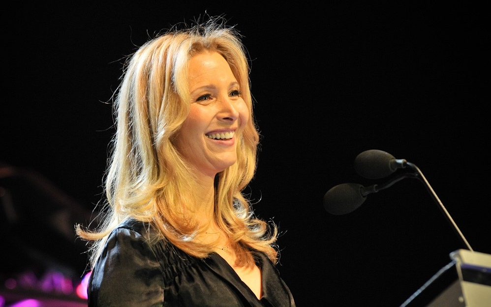 Mook News - Lisa Kudrow